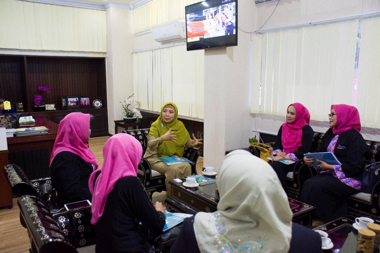 Wakil Gubernur NTB Beri Dukungan Untuk Pameran Nuansa Tanpa Batas